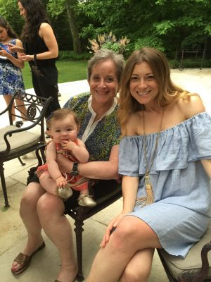 Maren, her mother and Lennon.