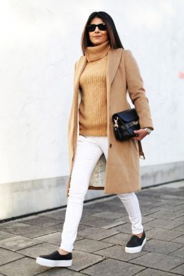 h4p0mx-l-610x610-fashionlandscape-blogger-turtleneck-whitejeans-camelcoat-vans-coat-sweater-jeans-bag